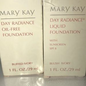 Mary j liquid with sunscreen @oil free foundation